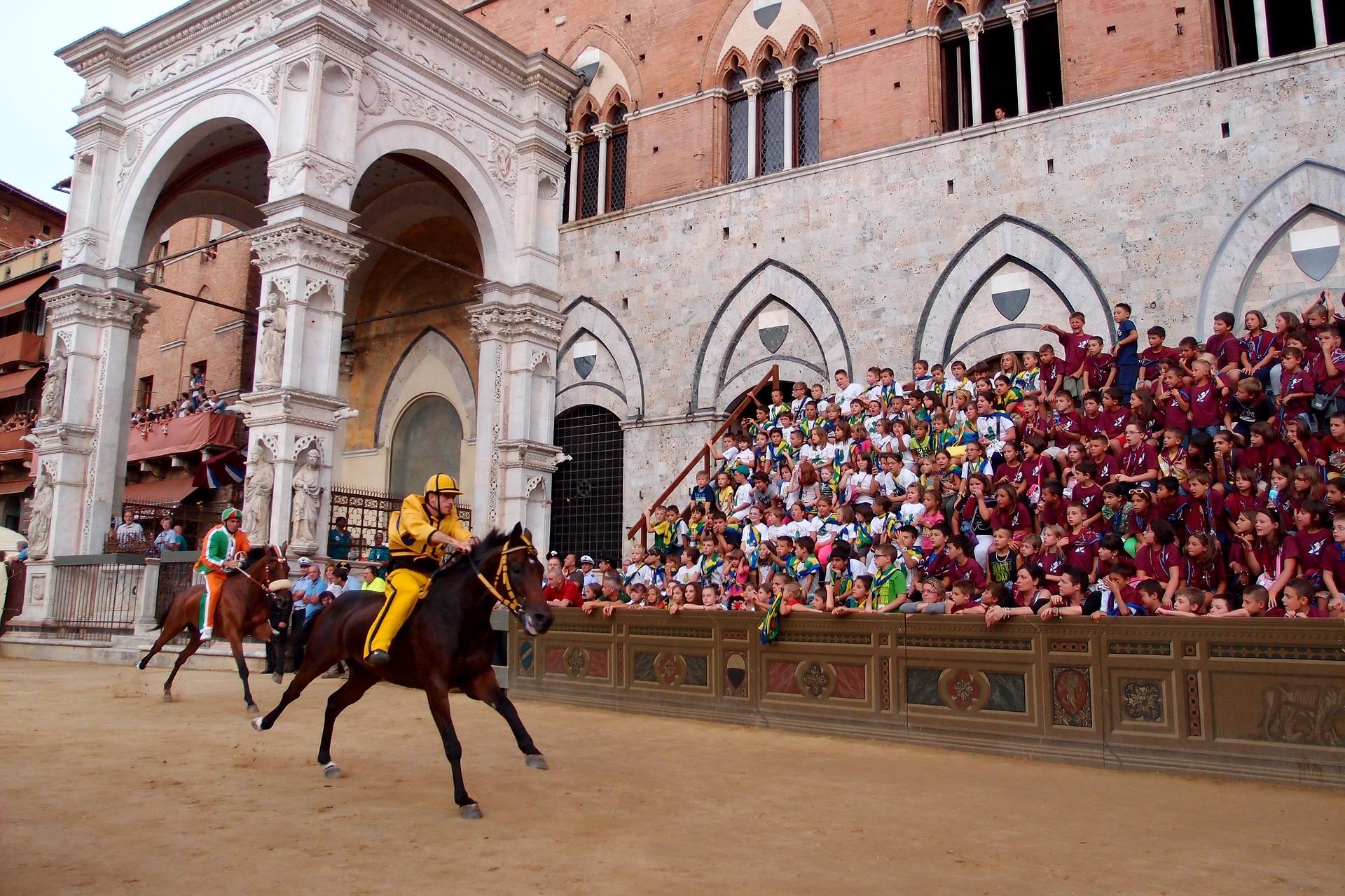 اسب دوانی ایتالیا