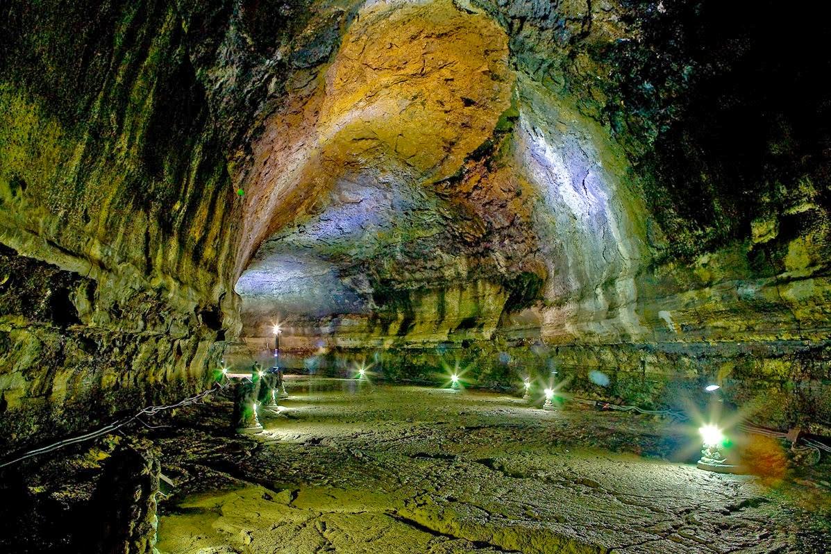 غار مانجانگل