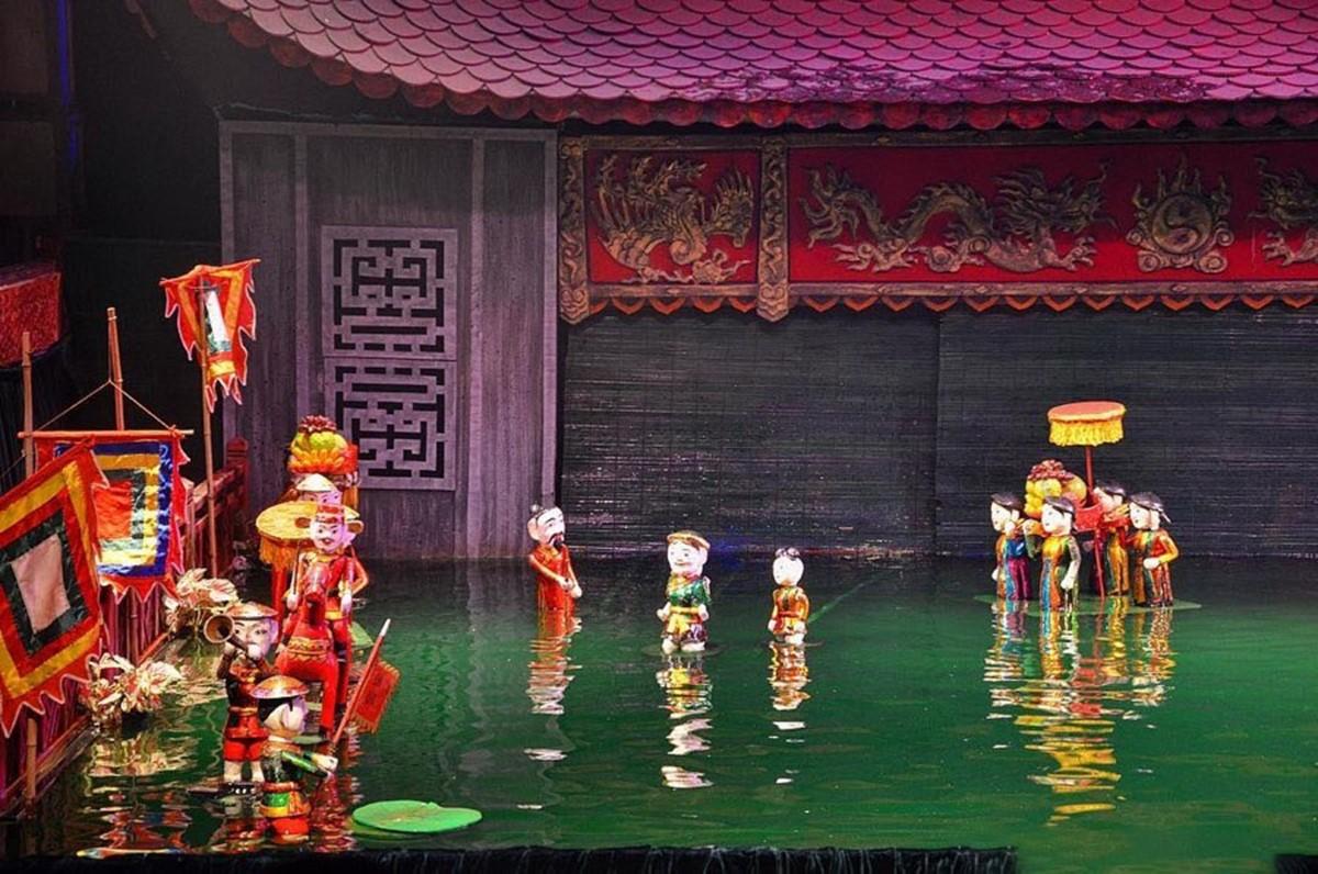 تئاتر عروسکی آبی اژدهای طلایی