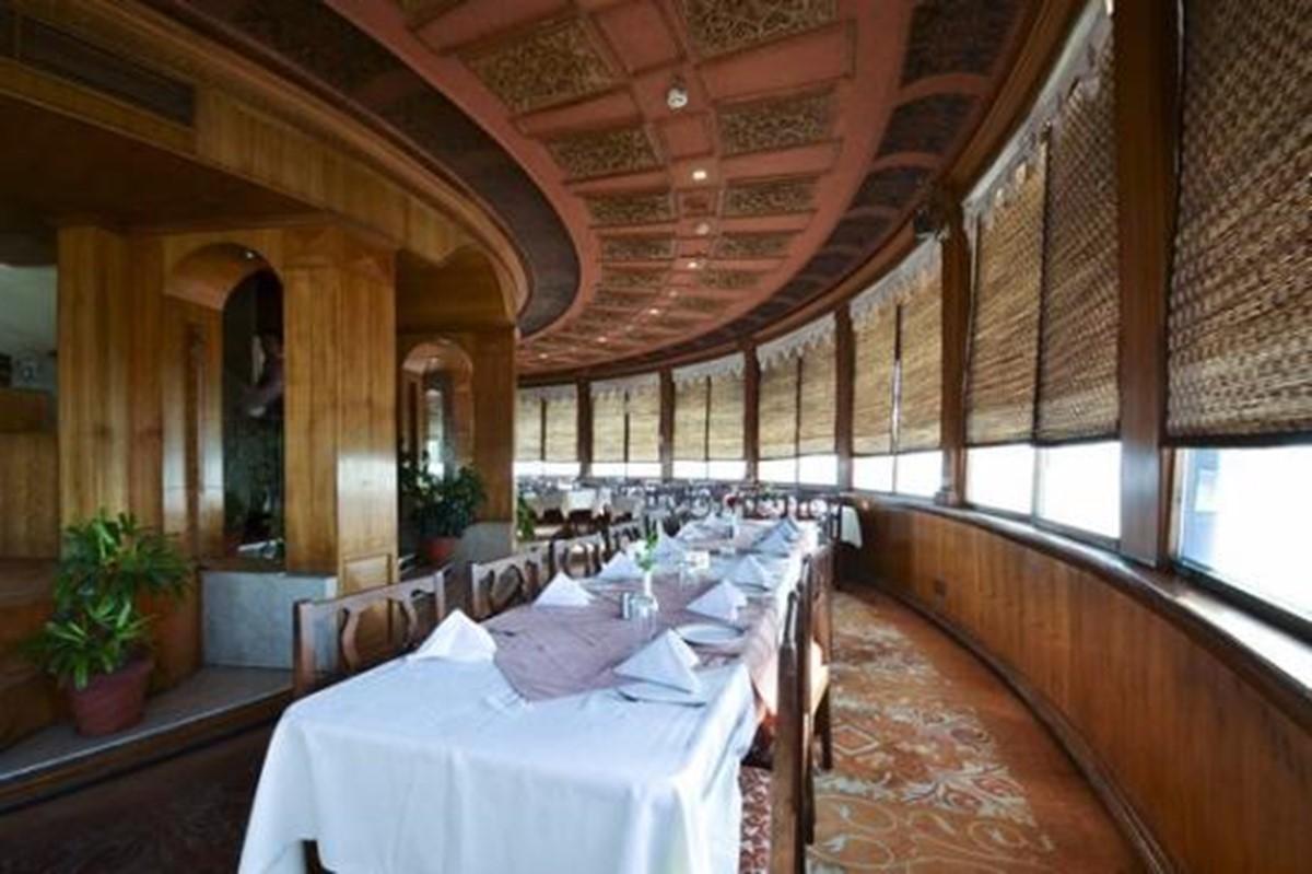 Om Revolving Restaurant