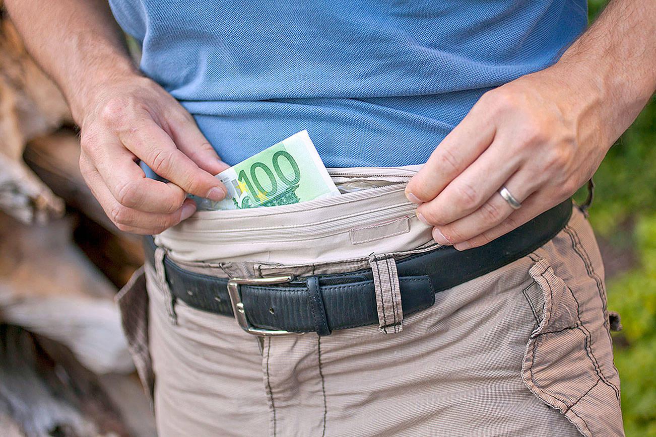 پنهان کردن پول در سفر