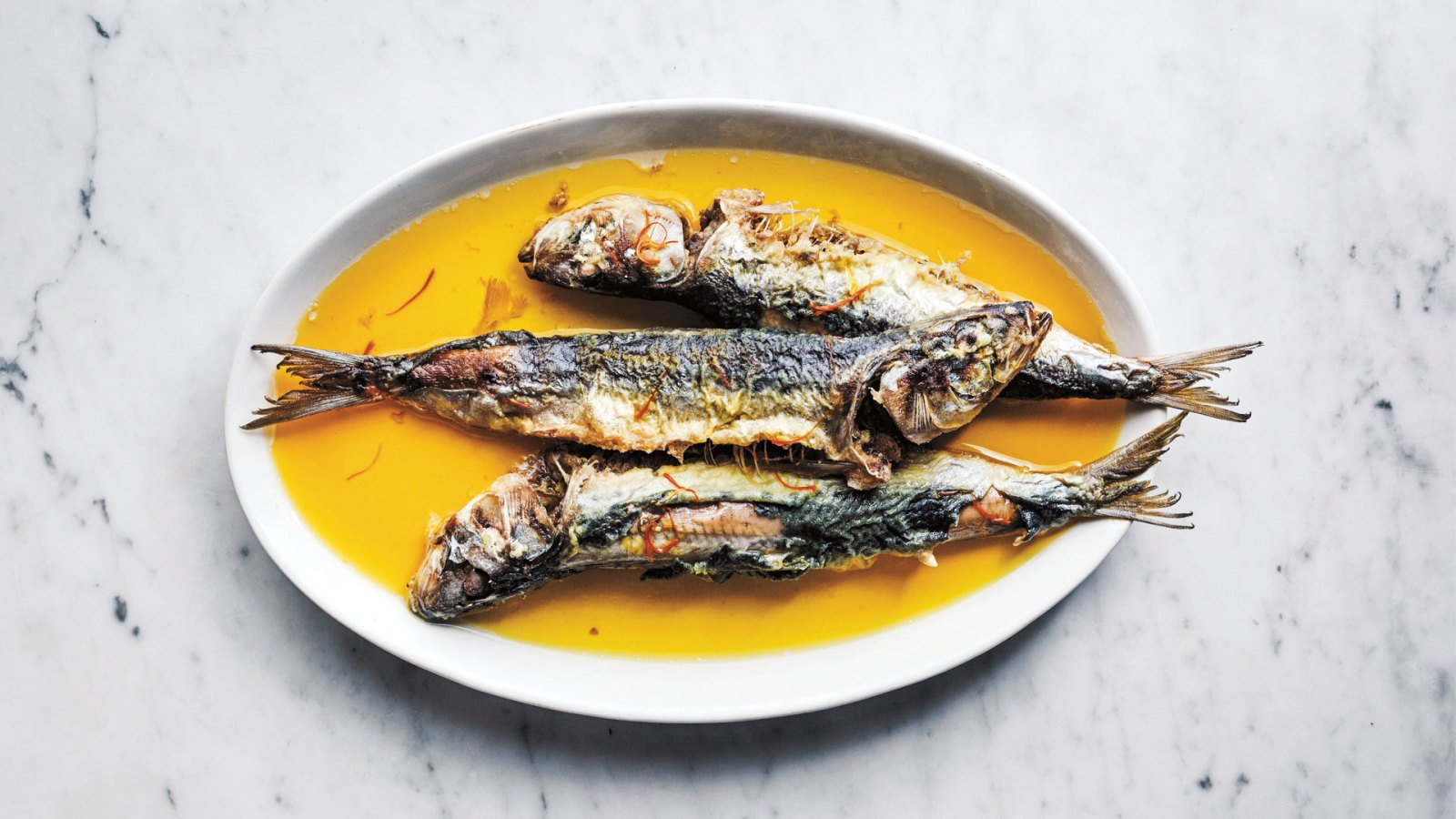 Fried sardines with lime