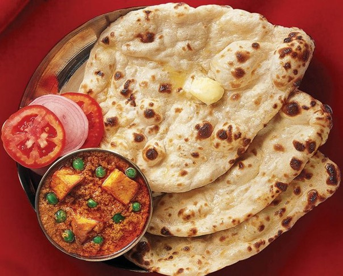 Naan – Flavours Of India