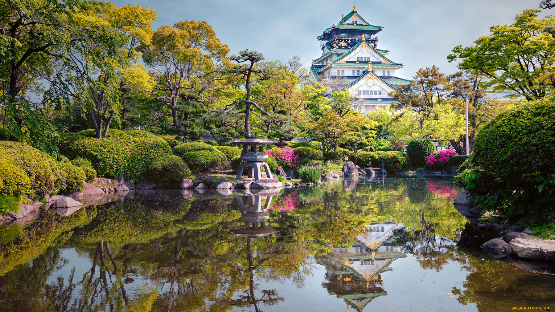 قلعه ی اوساکا یا اوزاکا
