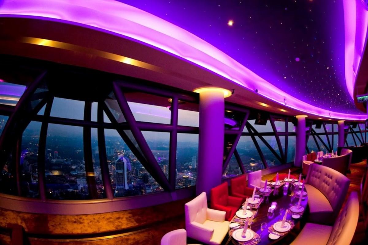 رستوران گردان 360
