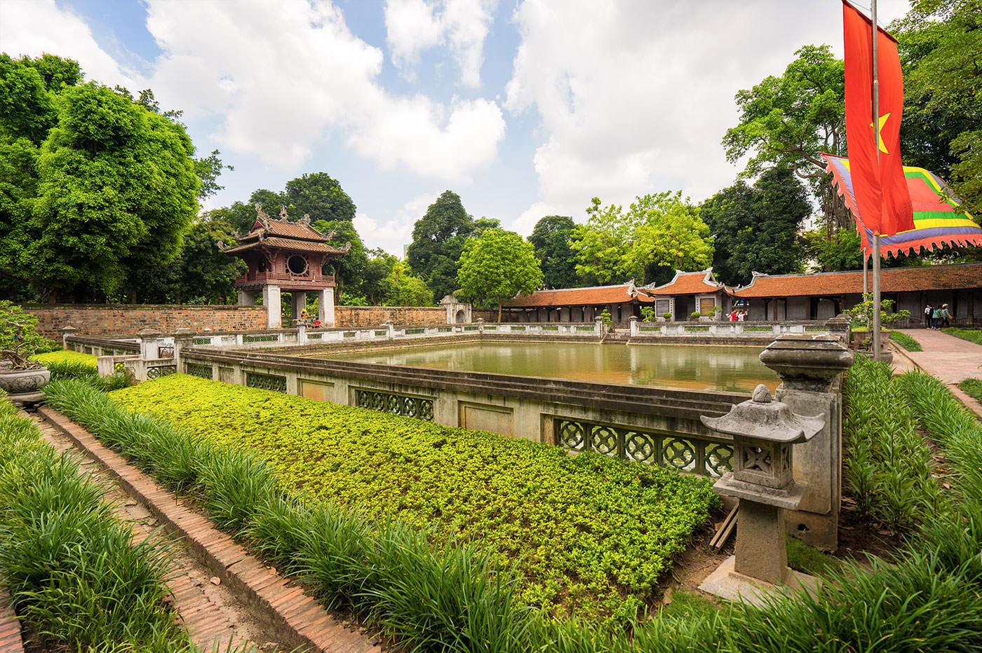 معبد ادبیات