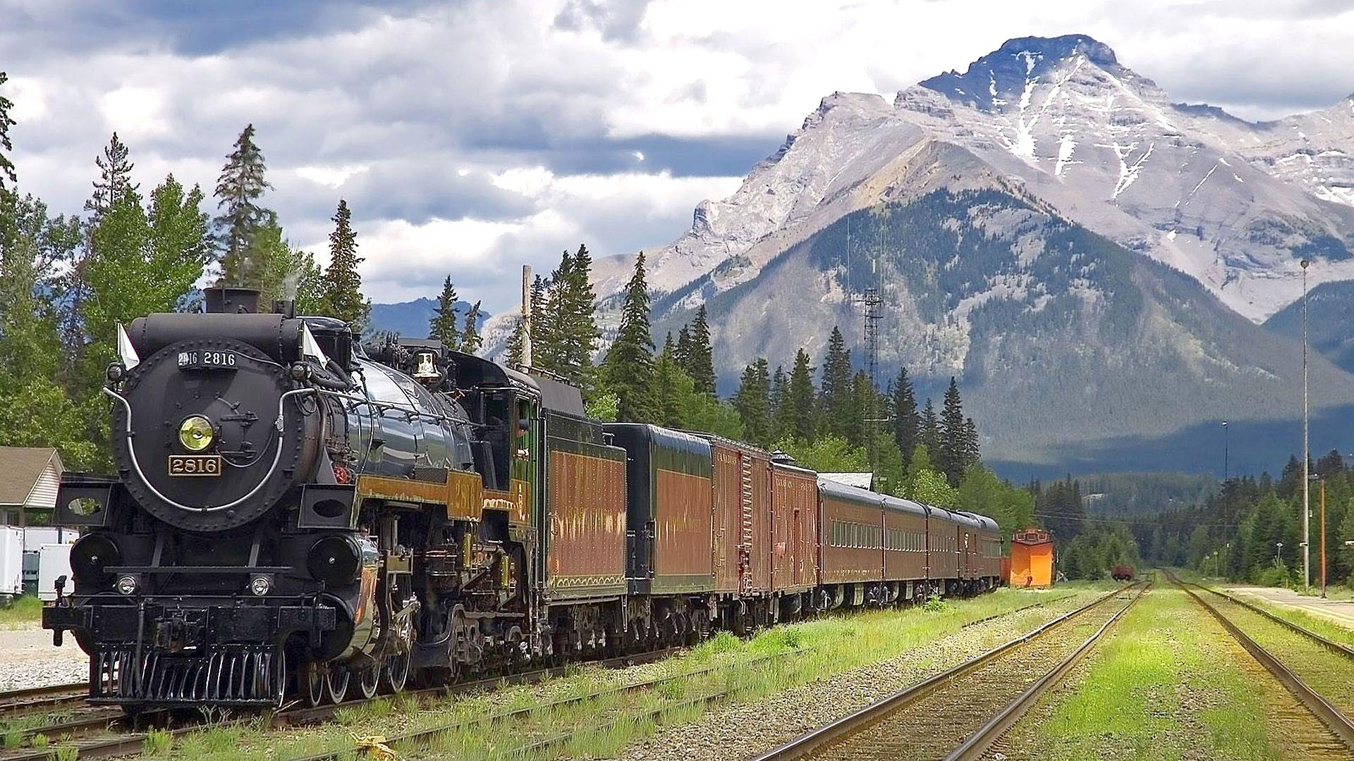 قطارهای عادی