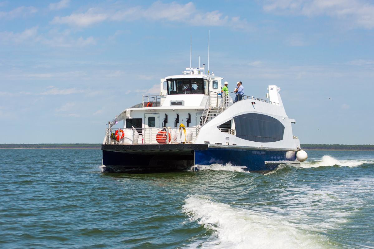 قايق موتورى (ferryboat)