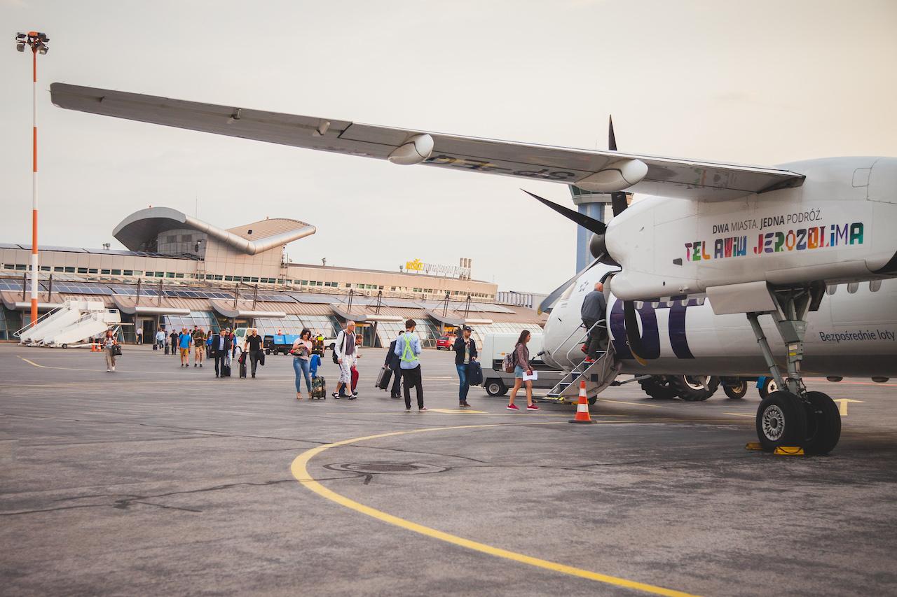 فرودگاه پوپراد تاتری